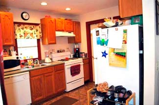 RENTED: Schuylerville, NY 2 BR House – 191 Broad Street, Upper 2
