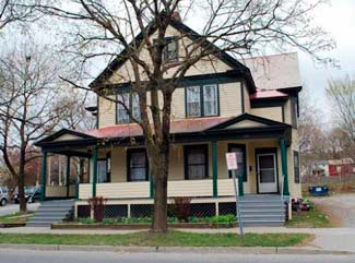 RENTED: Saratoga Springs, NY 2 BR House – 131 Maple Ave, Rear